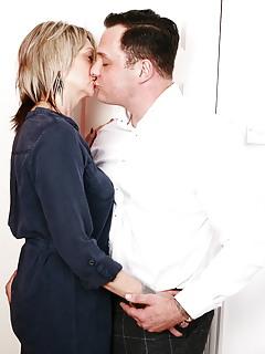 Kissing Porn Pics